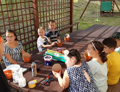 Zajęcia plastyczne dla dzieci w Domu Ludowym w Hermanowej